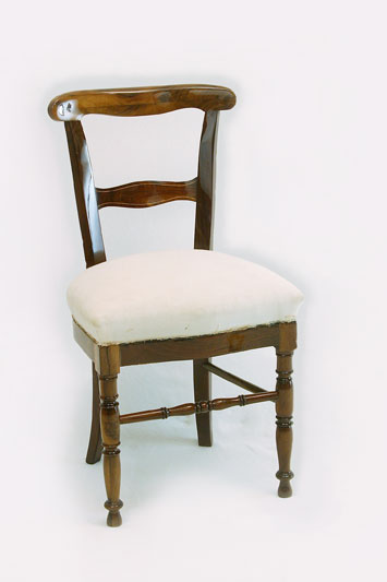 polsterei antikm bel herodek stuhl aus klassizismus. Black Bedroom Furniture Sets. Home Design Ideas